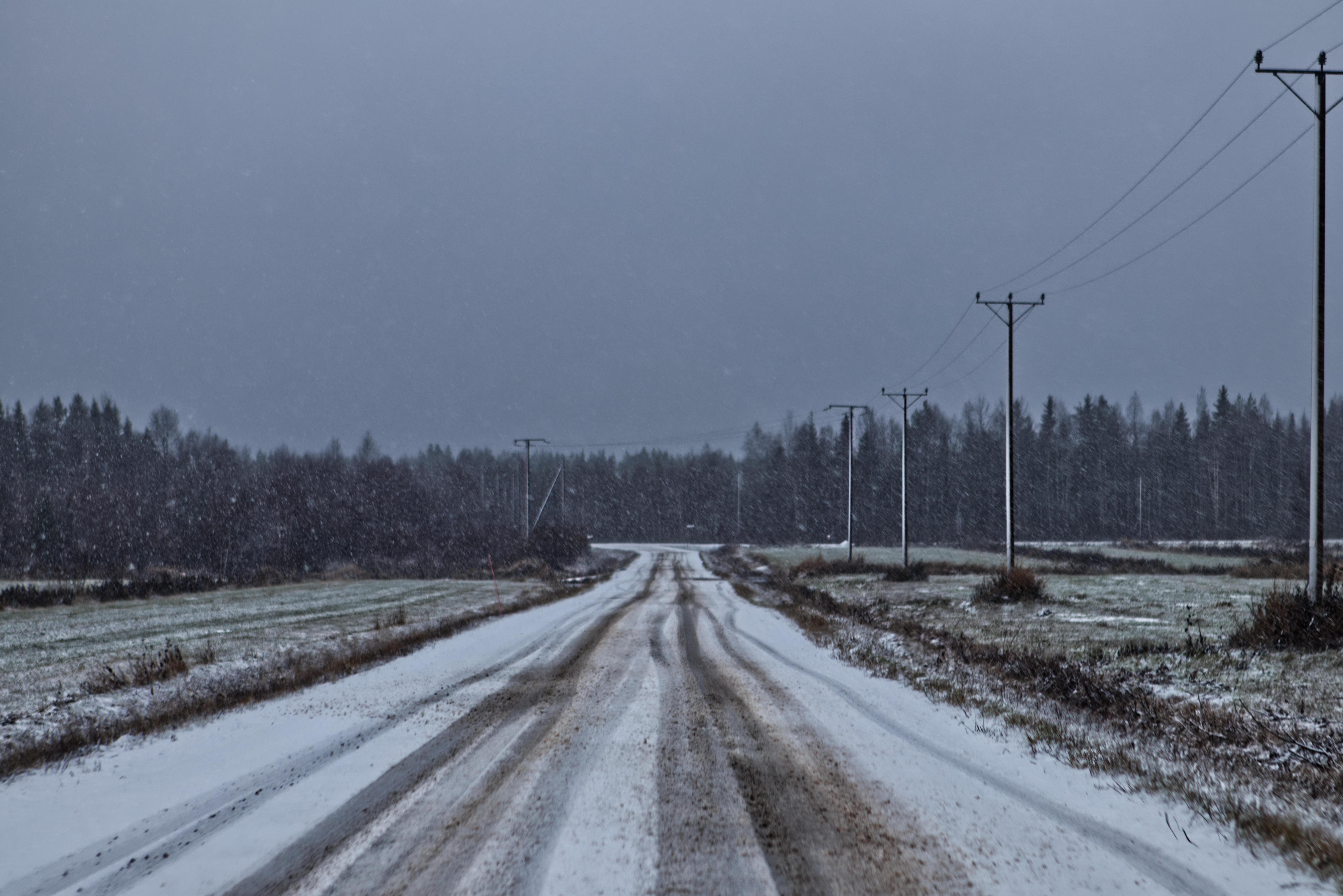 Road with Snow, Image taken in Rovaniemi, Finland, Copyright Frederik Kammel